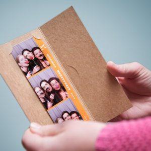Fotostrip-houder-kraftpapier-voorkant-mijnfotohokje