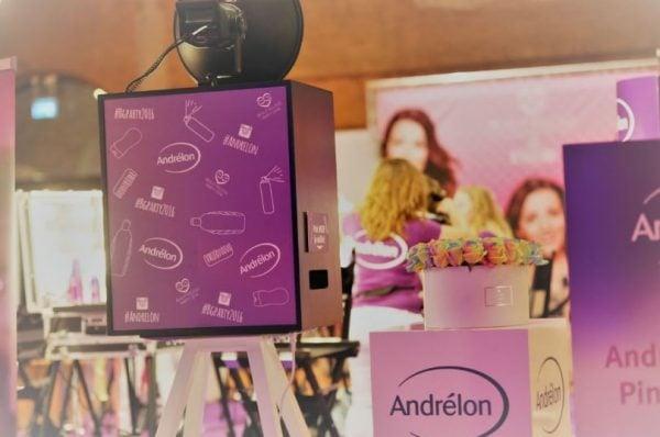 custom branding selfiebox 2