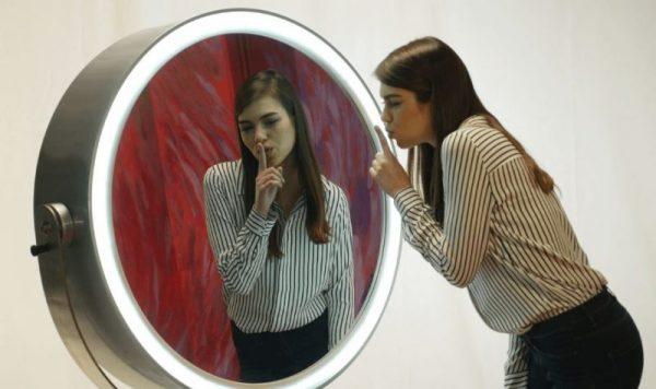 spiegel mirror booth