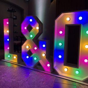 verlichte-letters-initialen