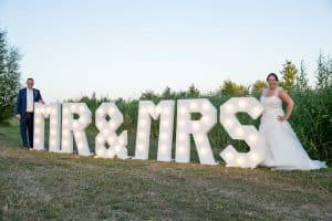 lichtletters-Mr & Mrs-huren