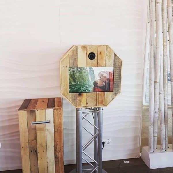 Houten-fotobooth-gastenboek-Rijswijk